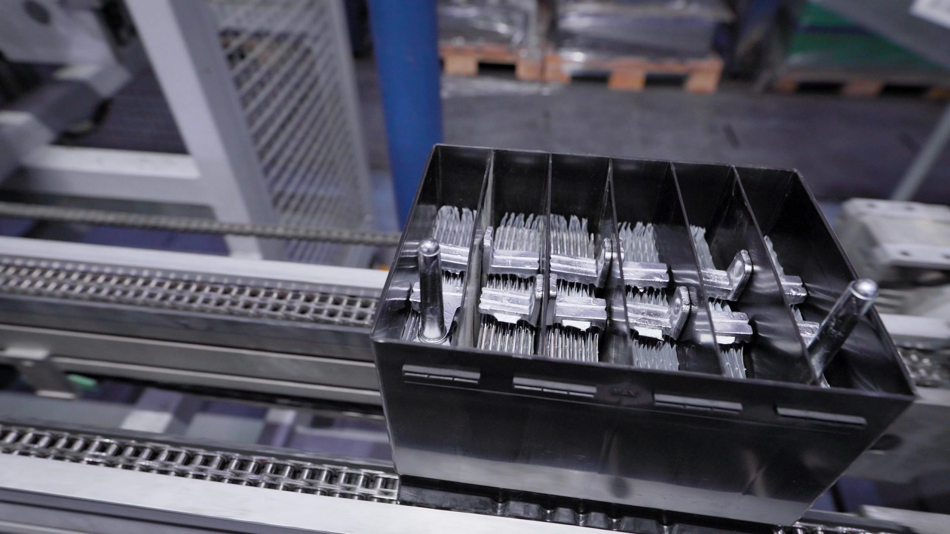 Battery Conveyor industry serviced by Rolcon