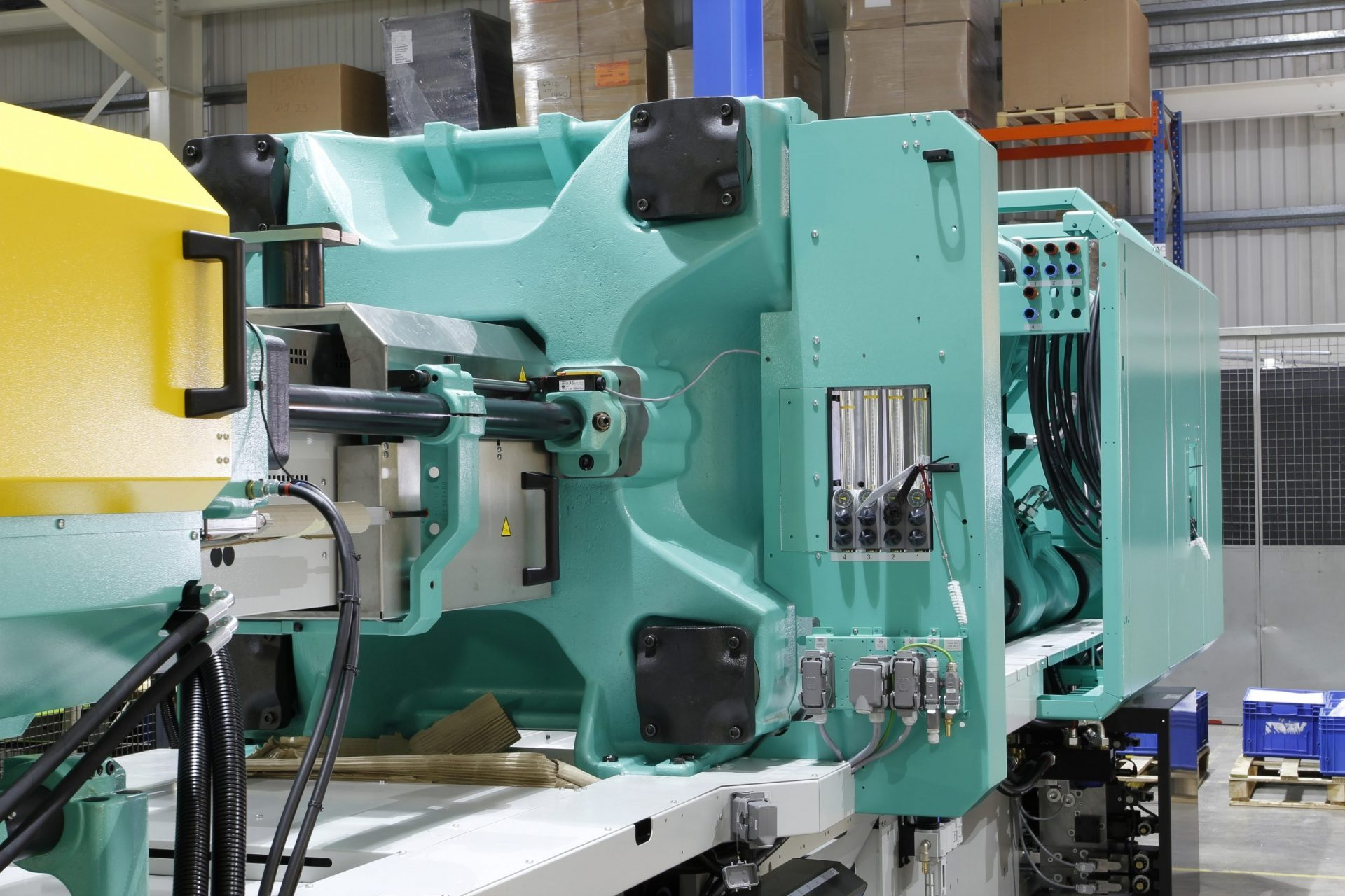 Injection molding machine service from Rolcon